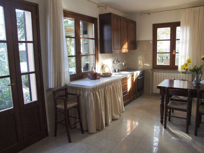 Sassetta Apartment Sleeps 3 with Pool - 5336602, holiday rental in Sassetta