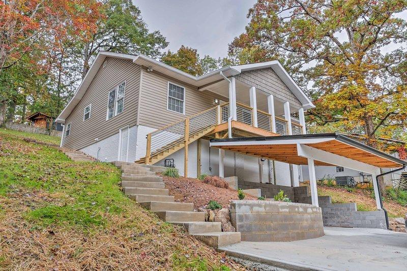 Explore Chattanooga a partir desta localização central de 3 quartos, 2 casas de banho casa de aluguer de férias!
