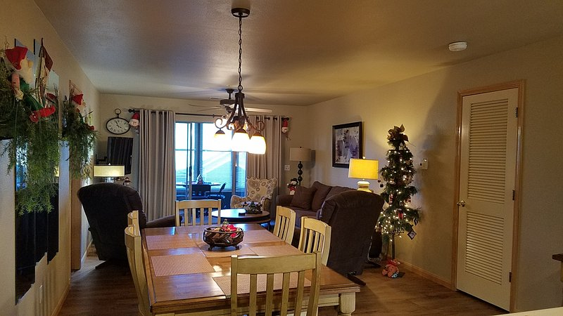 3 BR Walk-In Decorated For Christmas