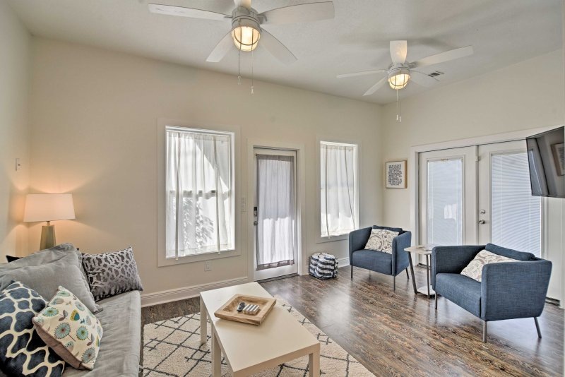 Begin your getaway at this 3BR, 2.5-bath vacation rental house in Gulfport!