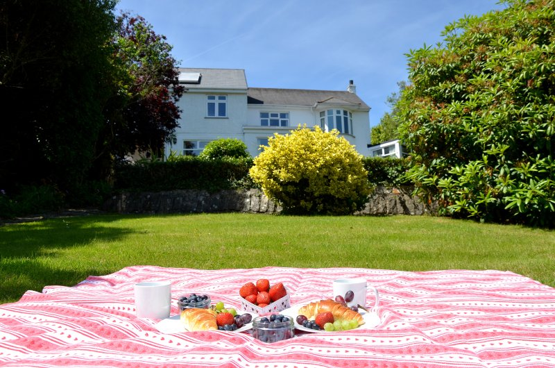 Why not have a picnic in the garden ?