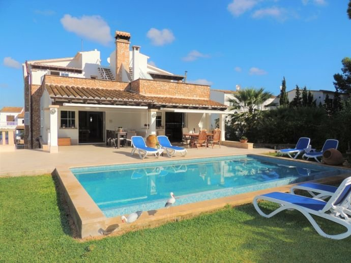 Villa Mari Pili, holiday rental in Cala Marcal