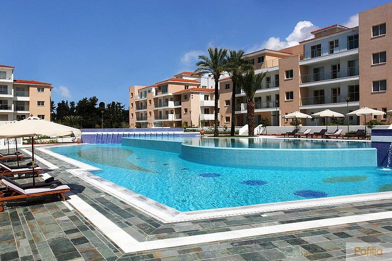 Elysia Park Townhouse 2-bedroom, vacation rental in Paphos