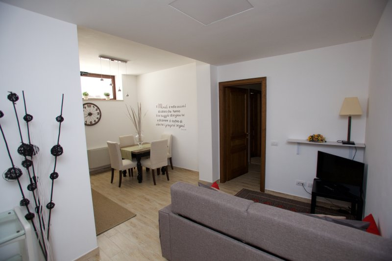 Just House, holiday rental in Campagnano di Roma