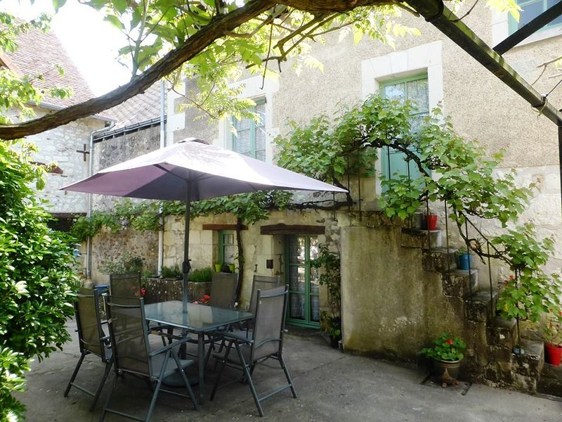 The courtyard of your Loire Valley holiday home in Barrou in Centre-Val de Loire France