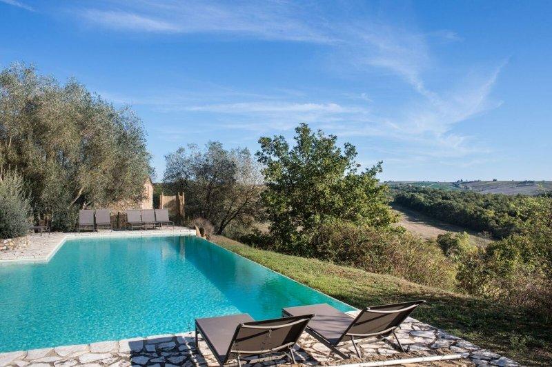 Farmhouse Rental in Chianti Area of Tuscany - Villa Adelina, holiday rental in Castellina In Chianti