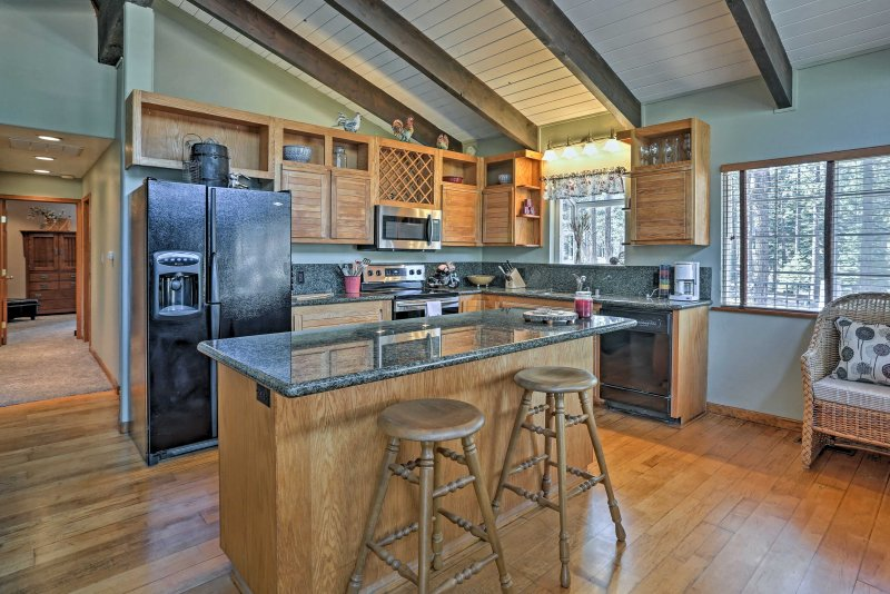 Find solitude on the south shores as you stay at this 2-bedroom, 2-bathroom vacation rental home in Lake Tahoe.