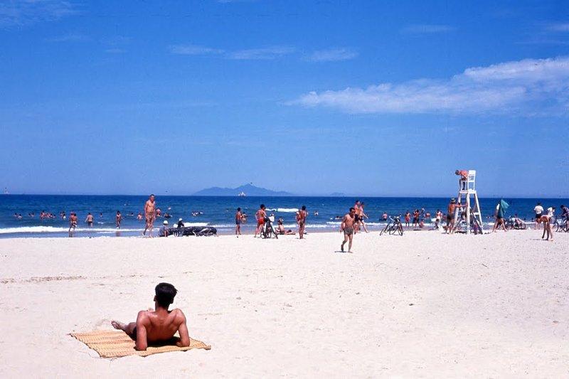 BRAND NEW SERVICE APARTMENT- BEACH WALK, location de vacances à Phuoc My