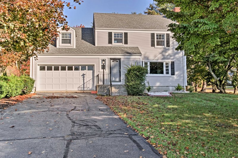 Make memories  when you stay at this gorgeous home in Farmington.