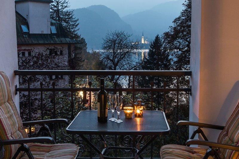 noite romântica - Bled ilha visão noturna / Terraço privado