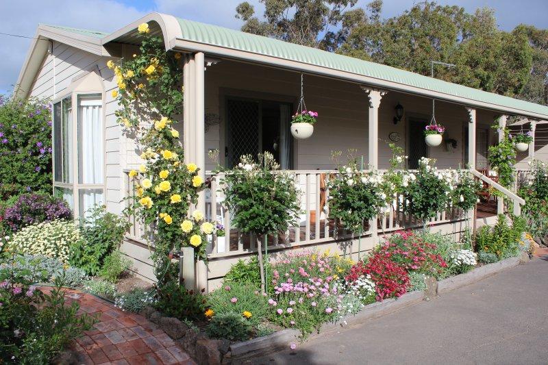 cottage caseiro, relaxar no interior ou na varanda.