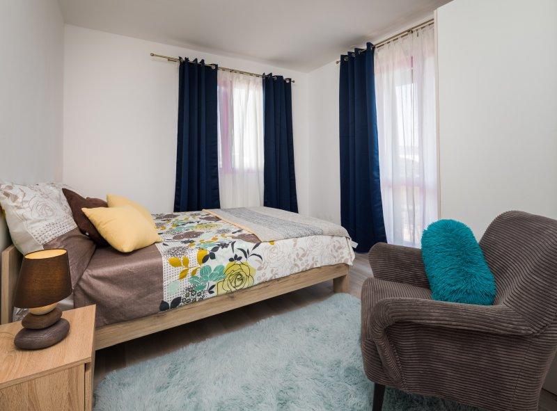 Hostel Sakic-Double Bedroom 1, holiday rental in Solin