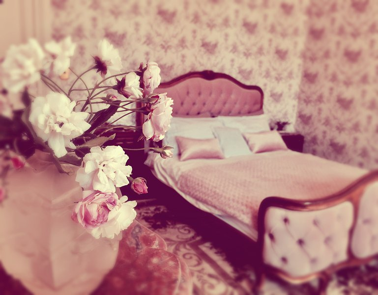 Chateau de Montvason - Chambre Rose Has Grill and Balcony - UPDATED ...