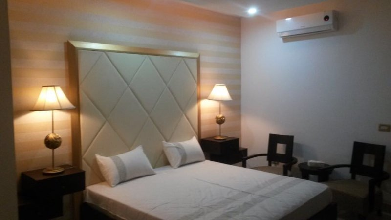 One bed apartment for rent, vakantiewoning in Pakistan