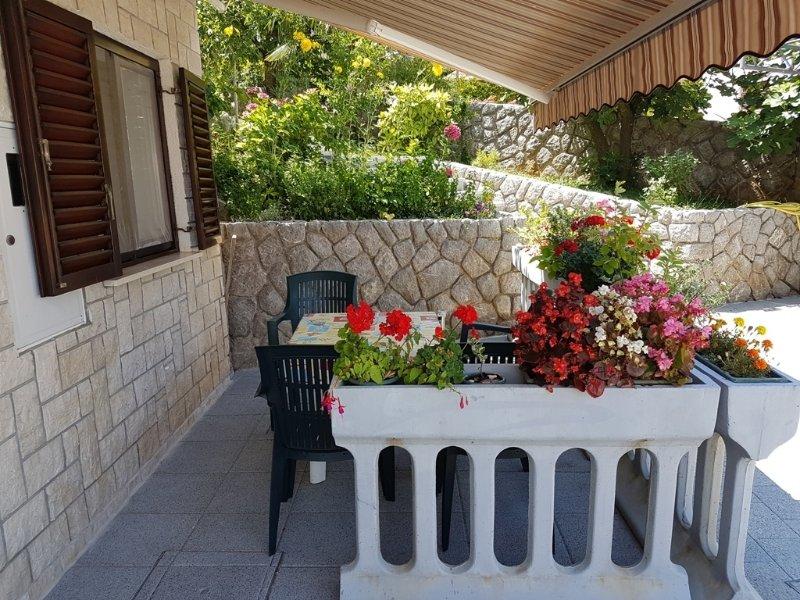 Plavi (4): balcón (la casa y sus alrededores)