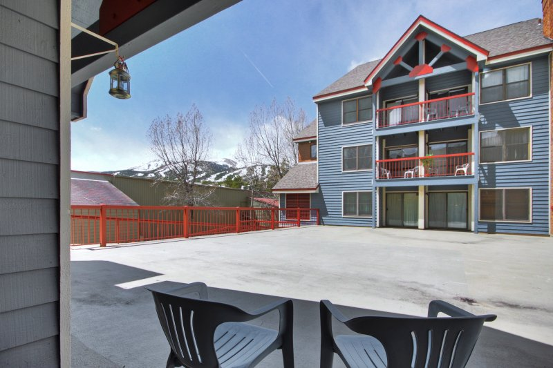 Steps to Mountain & Main St- Studio+Loft, vacation rental in Breckenridge