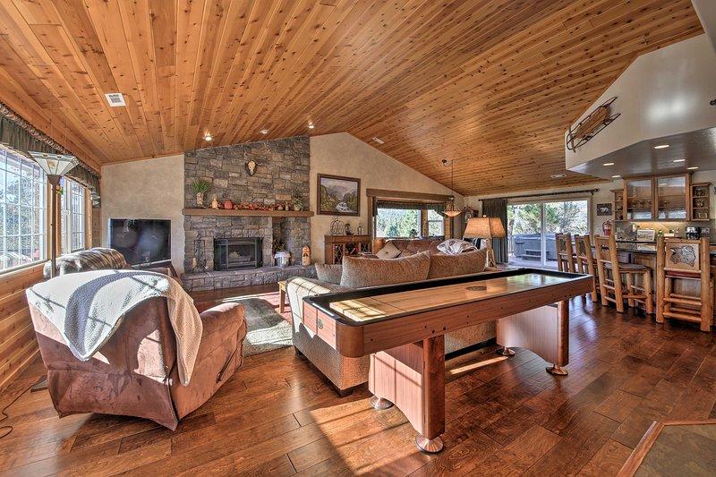 Dieses Haus begrüßt 7 Reisende für ihren ultimativen Bergurlaub!