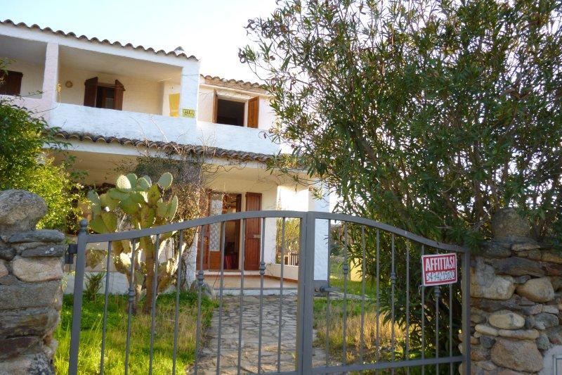 Beautiful house with sea view, vacation rental in Suaredda-Traversa