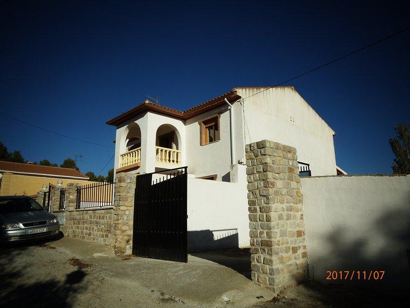 the villa and driveway