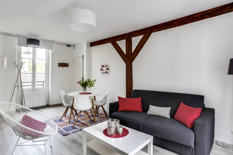 Fontainebleau Sweet Home : Appartement de charme de 46m2 en plein centre ville, holiday rental in Samois-sur-Seine