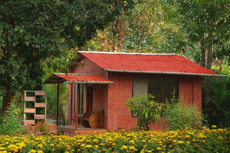 Kisan Eco Farm Wooden Cottage, alquiler de vacaciones en Thane