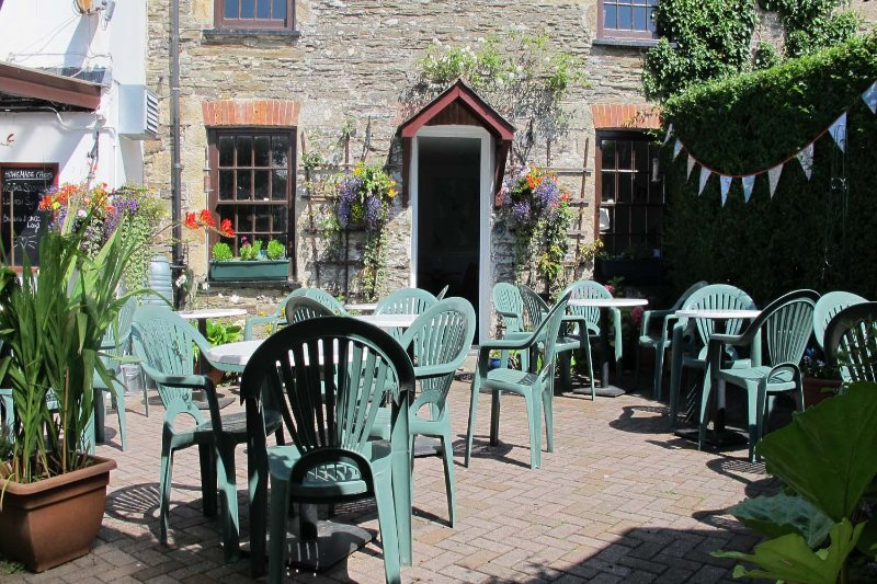 The Cozy Nook - a lovely traditional tea room in Crantock Village.  Ideal for breakfast and lunch