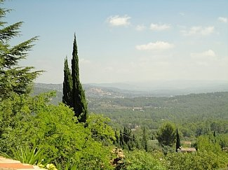 View across to Fayence