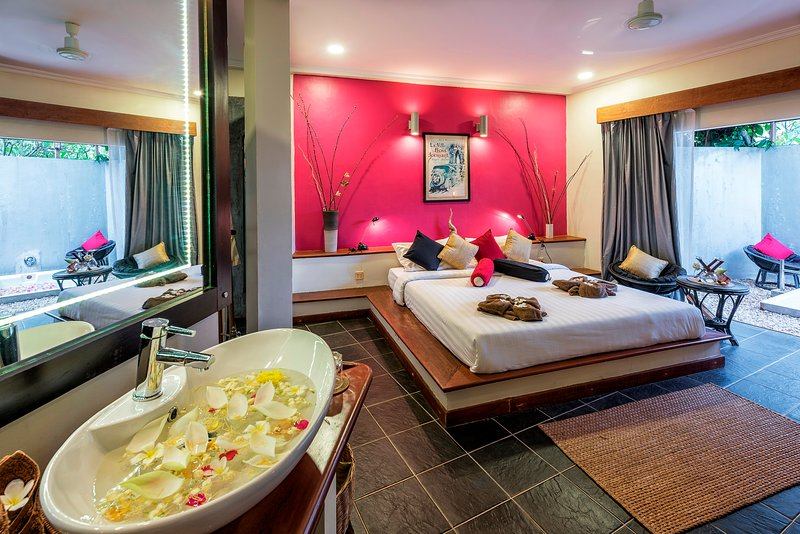 Holidays Tropical Home with your private Pool & personal Chef, vacation rental in Siem Reap