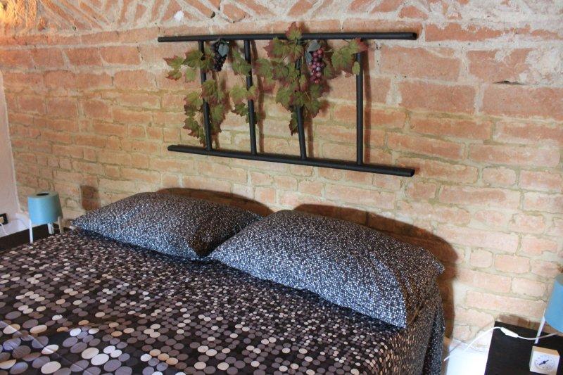 Grignolino Apartment, vacanza e relax nel cuore del Monferrato, vacation rental in Vercelli