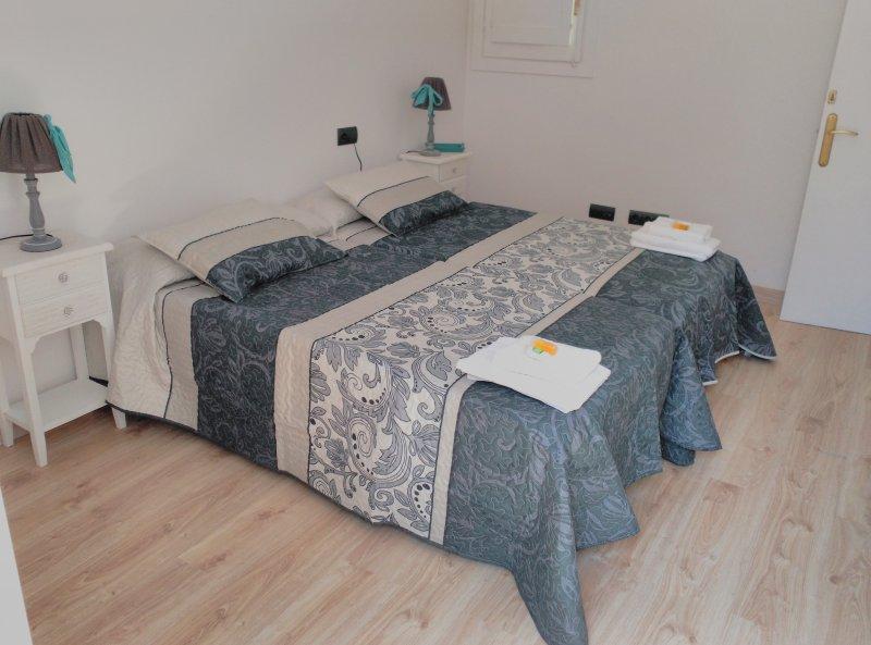 Alojamiento El Negrito y La Negrita, holiday rental in Les Masies Catalanes