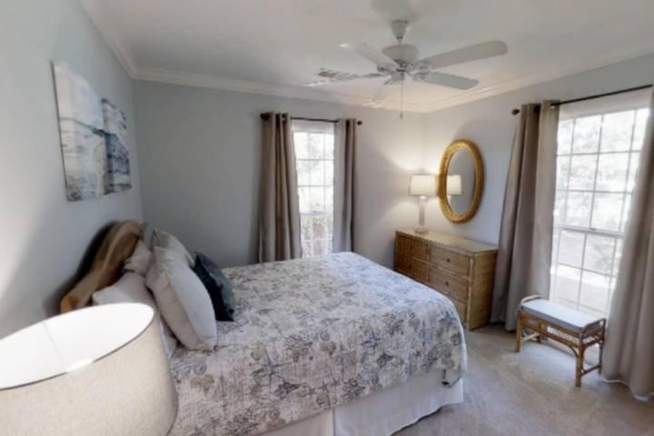 4ème chambre avec lit queen size
