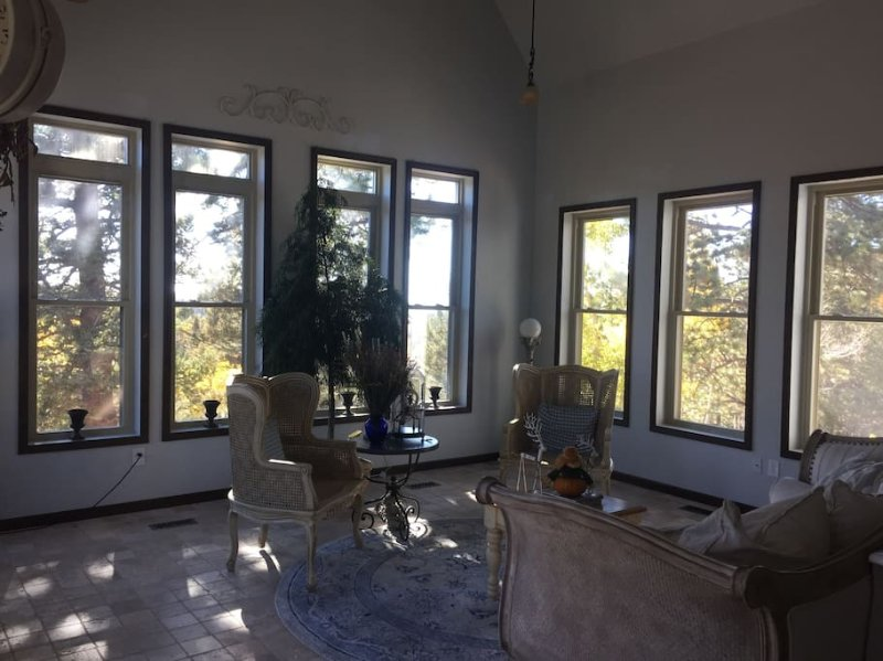 Morning Room (common area) with great views of both Pike's Peak and The Sangre de Cristo mountains.