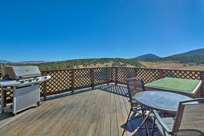 Situated on 4 acres on Ranch of the Rockies, this cabin offers lots of privacy.