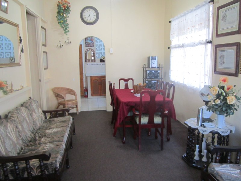 Berdina's Place - 4br/3ba House in the heart of Port of Spain, vacation rental in St Augustine