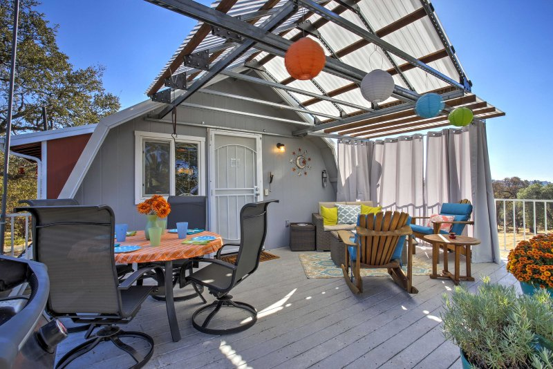 Don't hesitate to book this vacation rental home in historic Mariposa county!