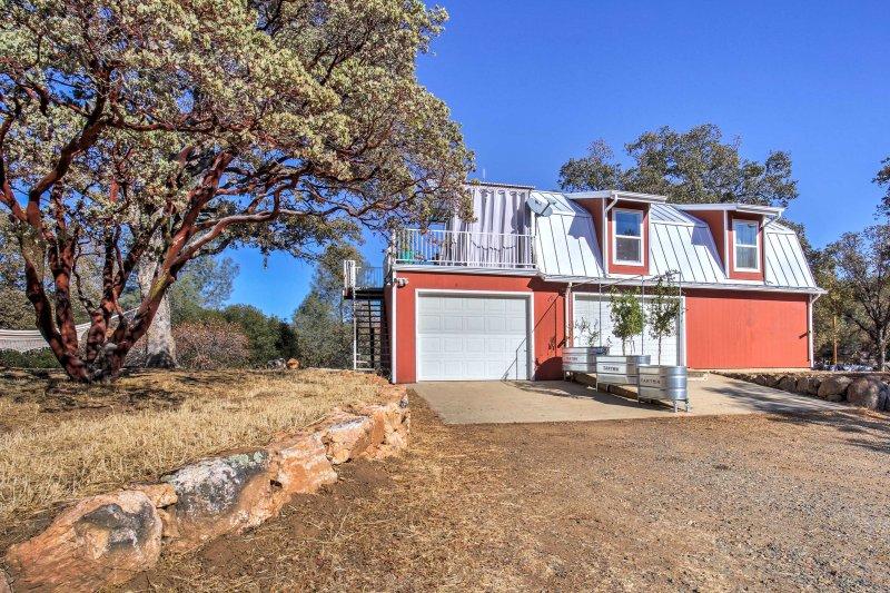 Questa casa 1-letto vanta una vista panoramica sulle colline della Sierra!