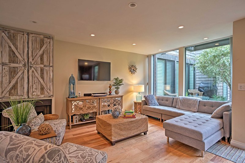 Feel like a Southern California resident at this Solana Beach vacation rental!