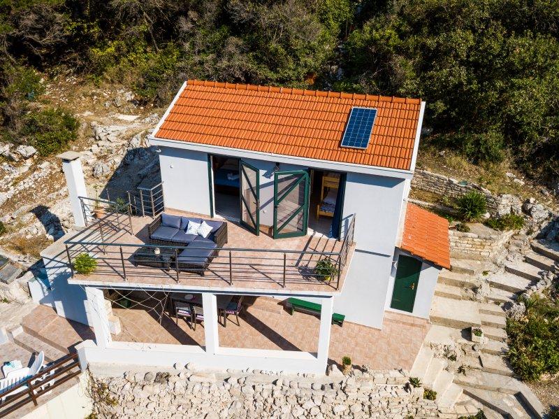 Solar house Captain, holiday rental in Blato