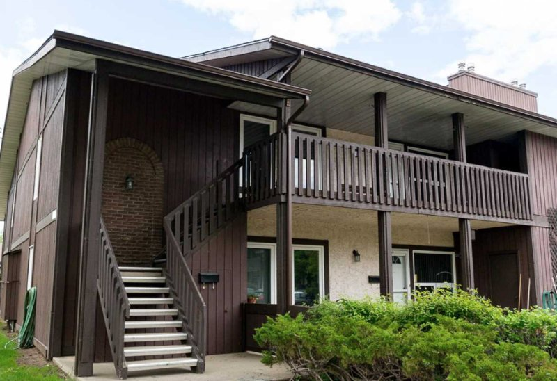 UPDATED 2019 - Close to West Edmonton Mall - Holiday ...