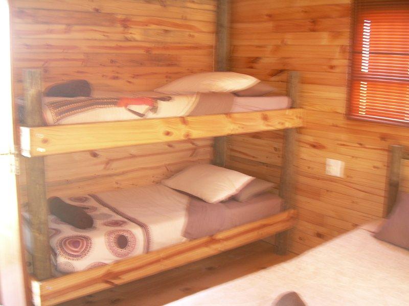 Standard Family wooden unit, vacation rental in Uitenhage