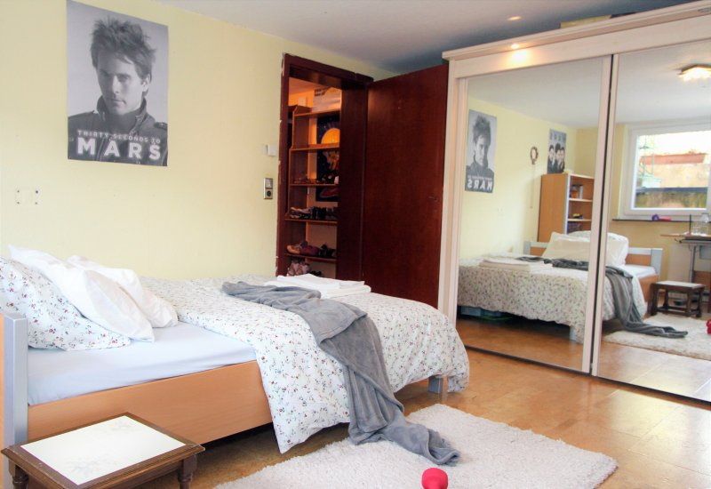 Furnished 3 Bedroom flat near Bonn and UN Campus, vacation rental in Wachtberg