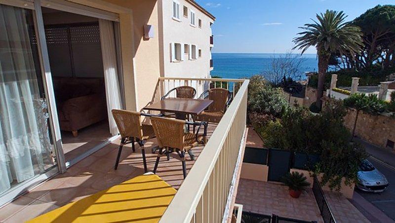 Balkon met uitzicht op zee