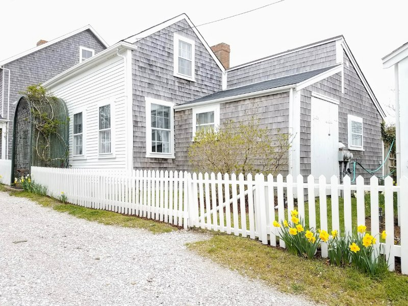 5 Elbow Lane Main House Sconset, MA, vacation rental in Siasconset