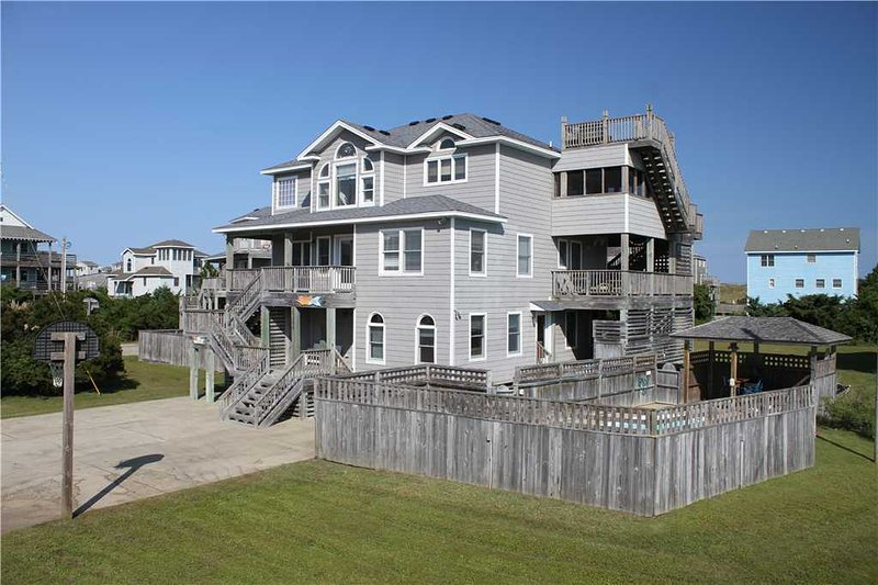 Beauty on the Beach  #7-W, holiday rental in Hatteras Island
