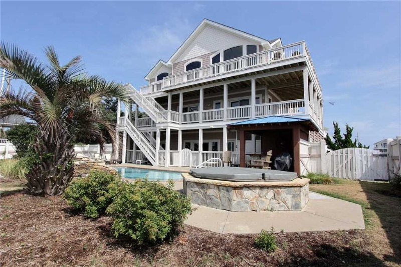 Tommy Bahama House  #13-OI, holiday rental in Avon