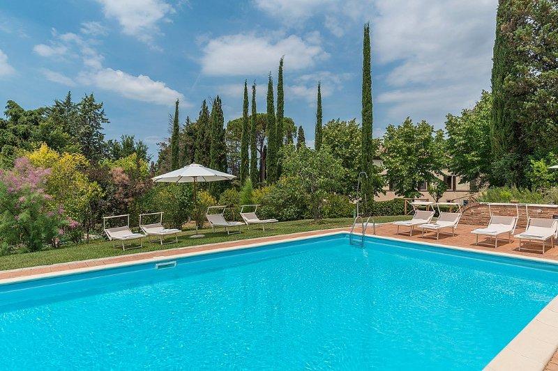 Villa Alba, Ferienwohnung in Monteroni d'Arbia