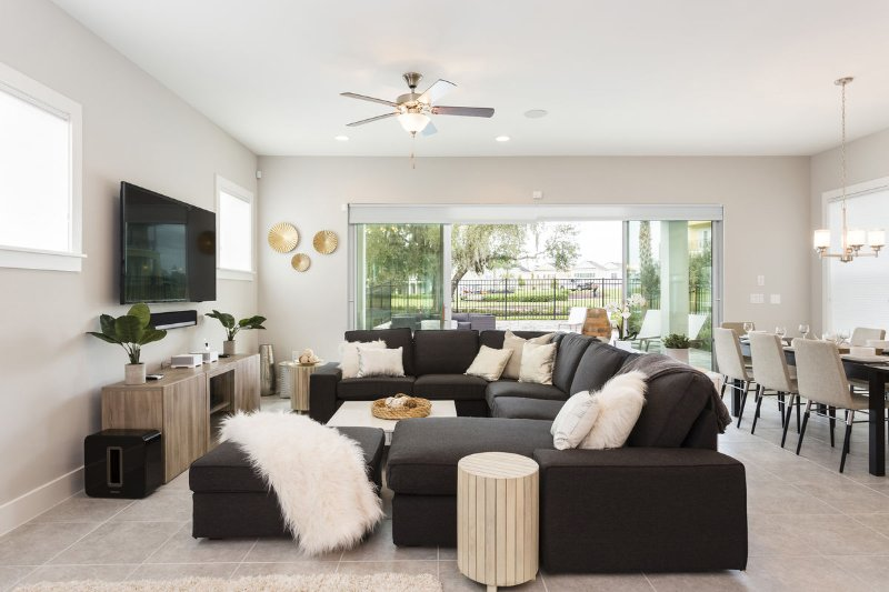 Sit apon this comfortable sectional with the family watching your favorite shows