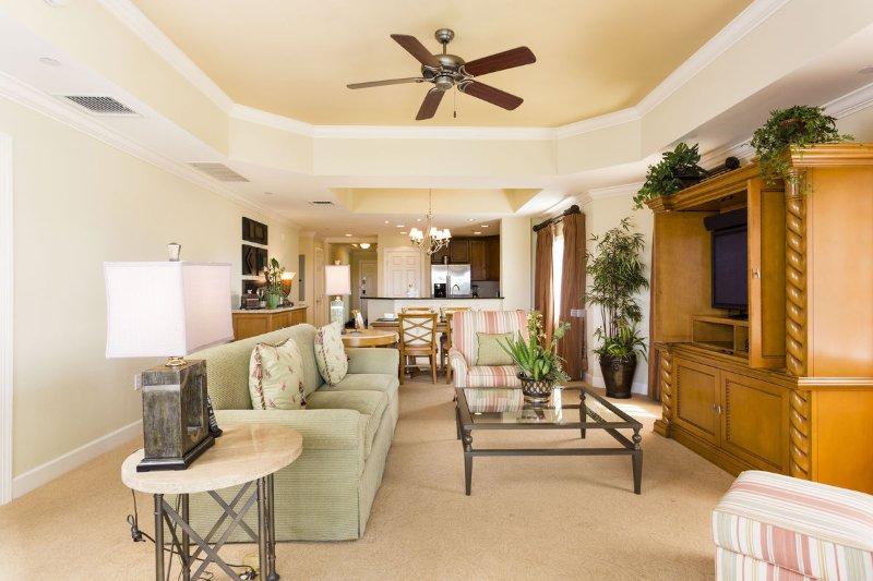 Large open floor plan easy for entertaining