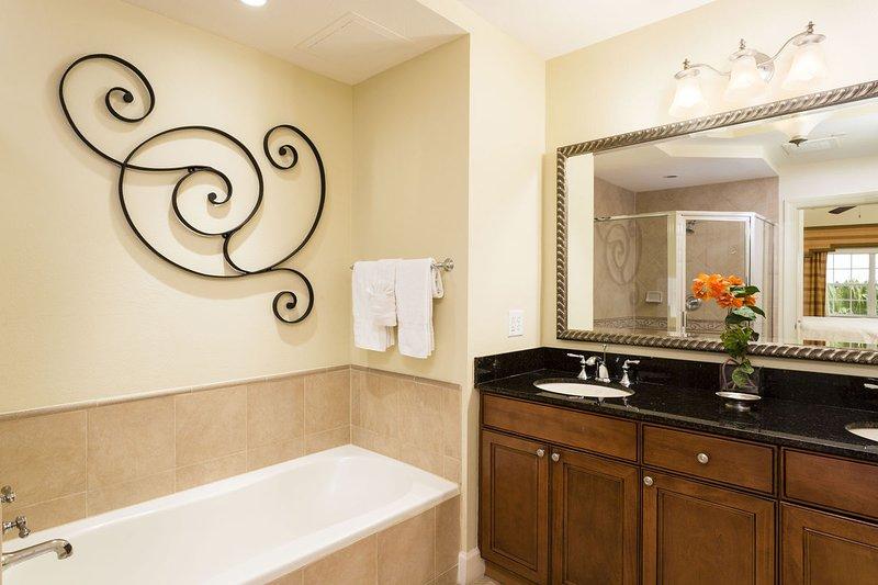 Dual vanity and large soaking tub