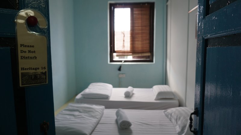 Heritage Sixteen (2nd Standard 2 Single Twin Room Shared Bathroom), holiday rental in Butterworth